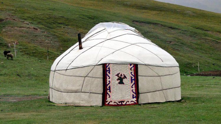 kyrgyzstan yurt-1-globuslanding.com
